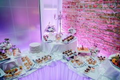 Gala-Banquets-best-banquets-Chicago-sweet-table